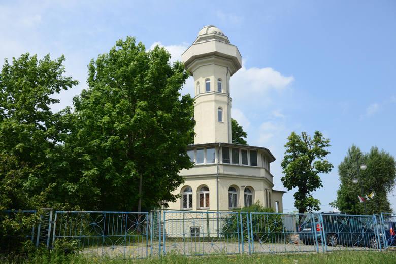 Wieża Braniborska - budynek Instytutu Astronomii im. Jana Keplera UZ