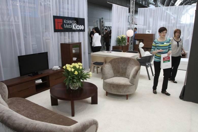 Nowoczesny design mebli Oleo firmy Klose prezentowała galeria mebli Jawex – Szumen z Kielc.