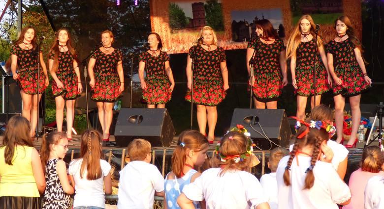 Zespół Gabułtowianki z Gabułtowa wyśpiewał na majowym przeglądzie w Szańcu nagrodę publiczności.