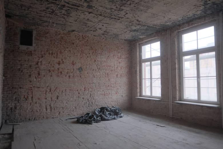 Vetterów wielkim placem budowy. Zobacz, jak wygląda teraz wnętrze szkoły przy ul. Bernardyńskiej