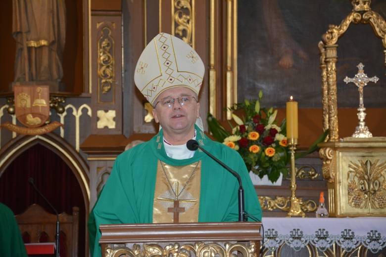 Masz dziękczynna za zakończenie remontu w kościele pw. Podwyższenia Krzyża Świętego w Sulechowie.
