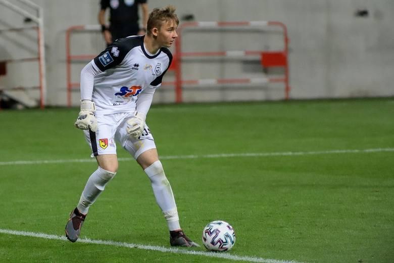 Za mecz: Wisła Płock - Jagiellonia Białystok 2:2Rozegranych minut: 90Bardzo kibicujemy temu utalentowanemu 17-latkowi, ale nie możemy przejść obojętnie