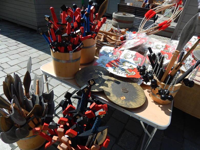 W sobotę i niedzielę trwa pchli targ przy Małym Rynku i Jarmak Wojciechowy.