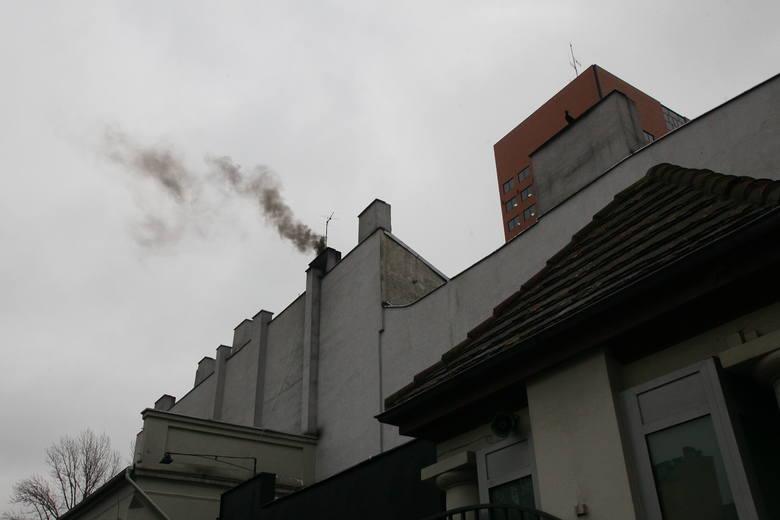 Znów nadciągnął smog. Latem nie udało się usunąć jego przyczyn. Zimą 2019/2020 też będzie nas dusić