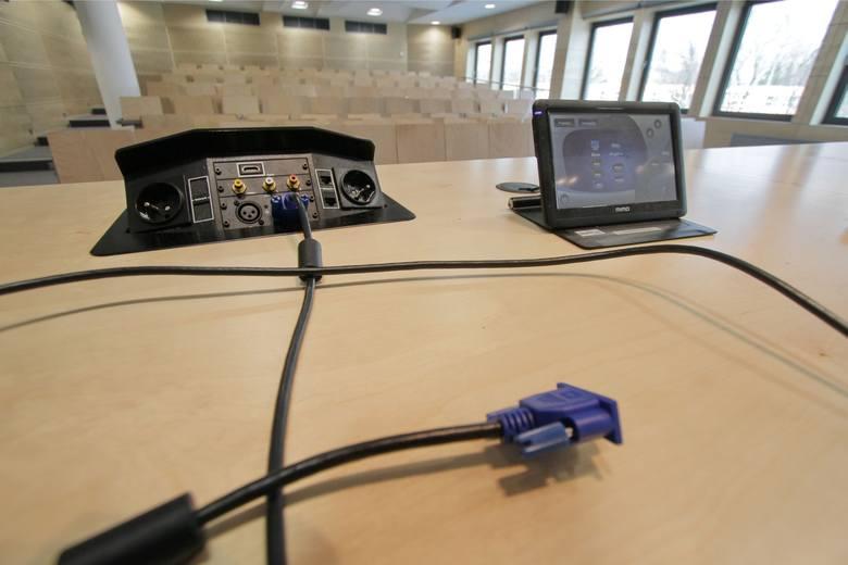 Cyberataki: groźni są spece sponsorowani przez rządy a nawet nieuważni internauci