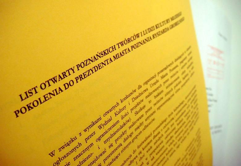 """Dwa tygodnie temu młodzi twórcy wręczyli władzom miasta """"Żółtą Kartkę"""""""