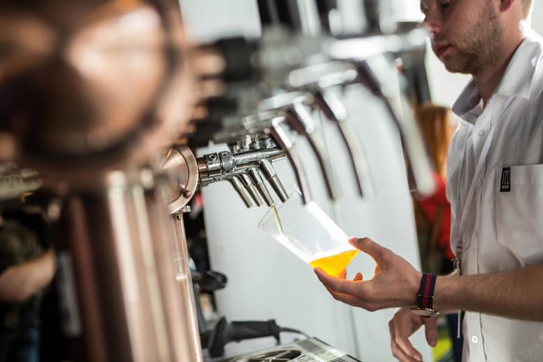 Jedno piwo będziemy spalać minimum 2 godziny, przy każdym kolejny ten czas znacznie się wydłuża. Dwa piwa to już nawet 6 godzin. Trzy piwa mogą wskazać