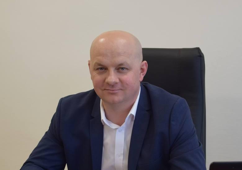 Prawo nakazuje, aby samorządowcy co roku składali i publikowali oświadczenia majątkowe. Dziś analiza oświadczenia burmistrza Szydłowa Andrzeja Tuza.