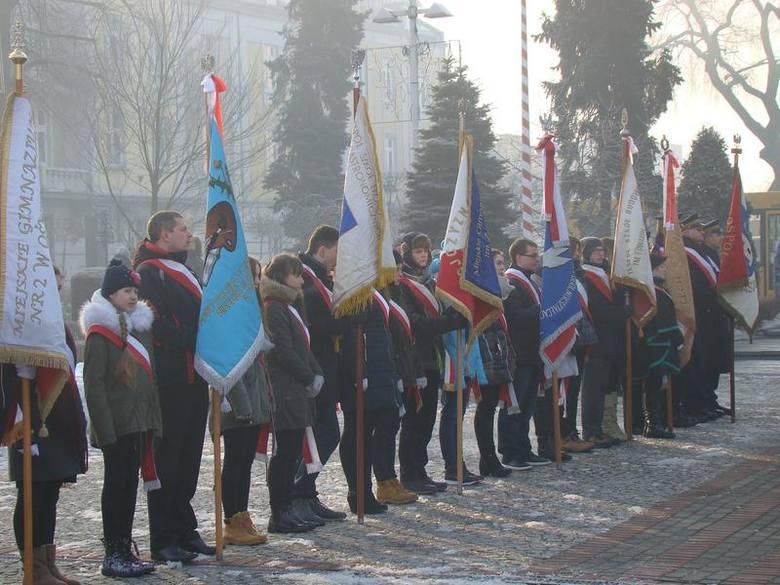 Miejskie uroczystości przed Grobem Nieznanego Żołnierza w 72. rocznicę wyzwolenia Oświęcimia