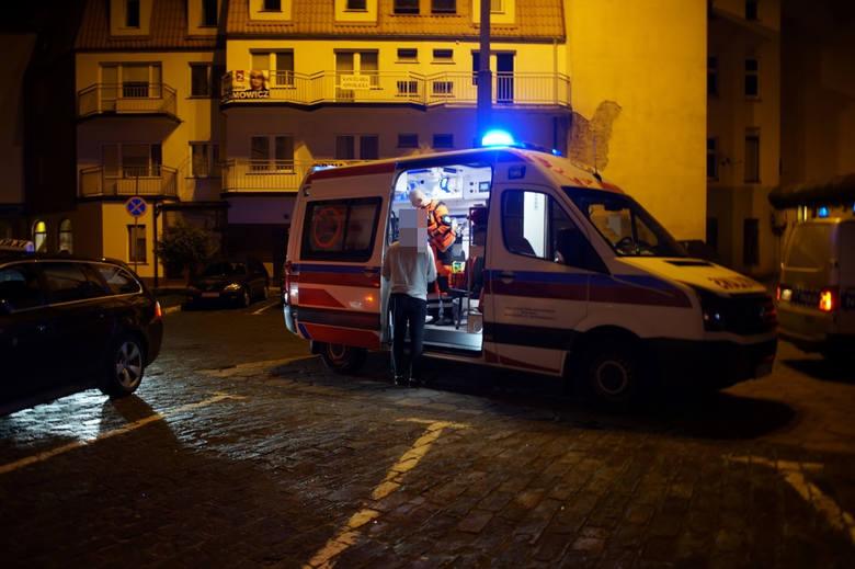 Słupska policja szuka sprawcy rozboju, który w piątek, 17 maja, rzucił się na 54-letniego mężczyznę. Do napadu doszło około godz. 22.30 w pobliżu ul.