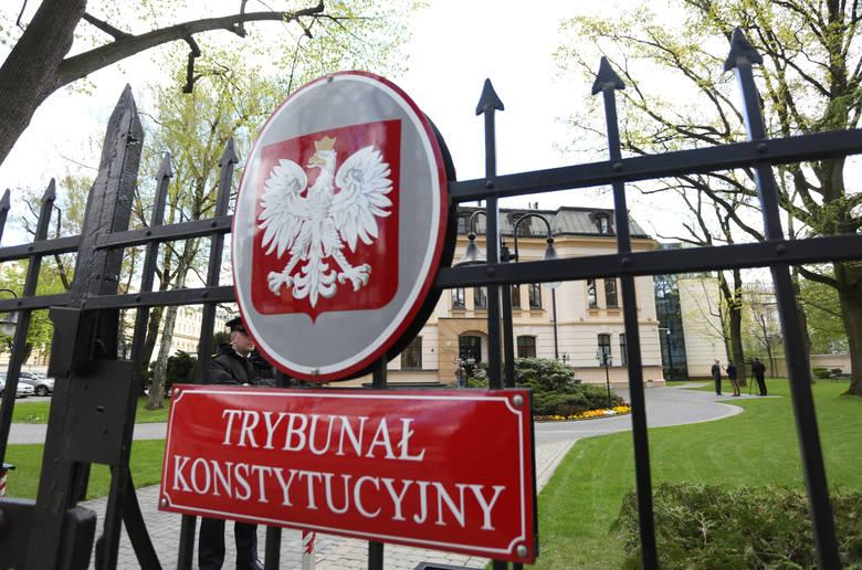 PiS ma nowego kandydata do Trybunału Konstytucyjnego. Kim jest Robert Jastrzębski?