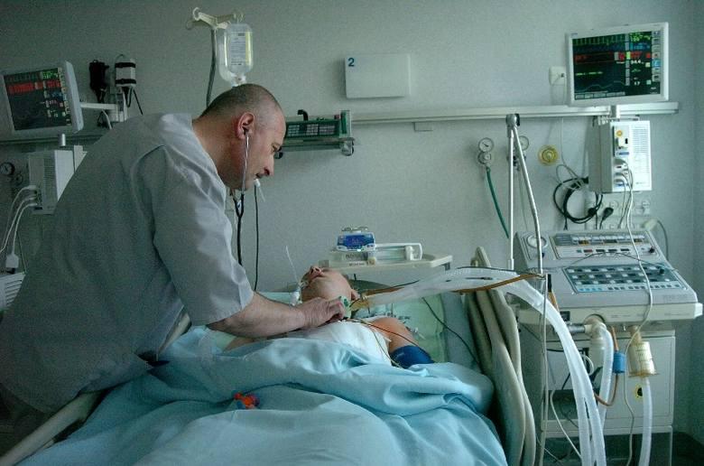 Lekarze w szpitalu w Jaśle zszyli przebite serce