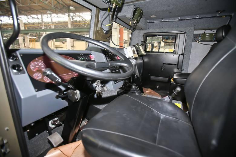 Ile zarabiają kierowcy ciężarówek? Niektórzy nawet ponad 7 tysięcy złotych na rękę. Wiele dowiadujemy się dzięki raportowi TransJobs.eu. Przejdź do następnych