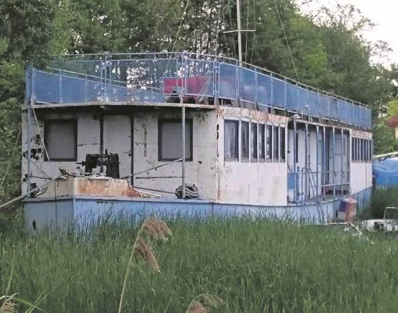 Dziś okręt niszczeje na Zalewie Zegrzyńskim