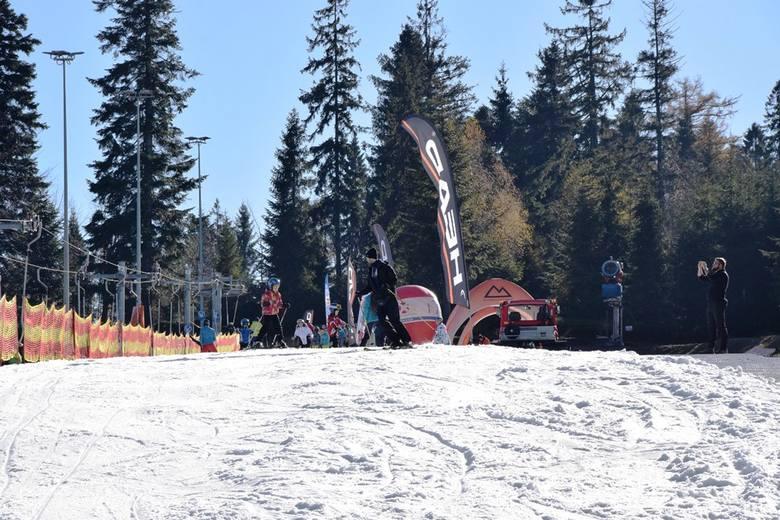 """Sezon narciarski w Szczyrku rozpoczęty na Beskid Sport Arenie<br /> <br /> <iframe src=""""//get.x-link.pl/dafcd942-eafa-feac-311e-6ac7ae347e19,a60ed768-fc4f-a5bc-4d15-c2be03ca096d,embed.html"""" width=""""640"""" height=""""360"""" frameborder=""""0"""" webkitallowfullscreen="""""""" mozallowfullscreen=""""""""..."""