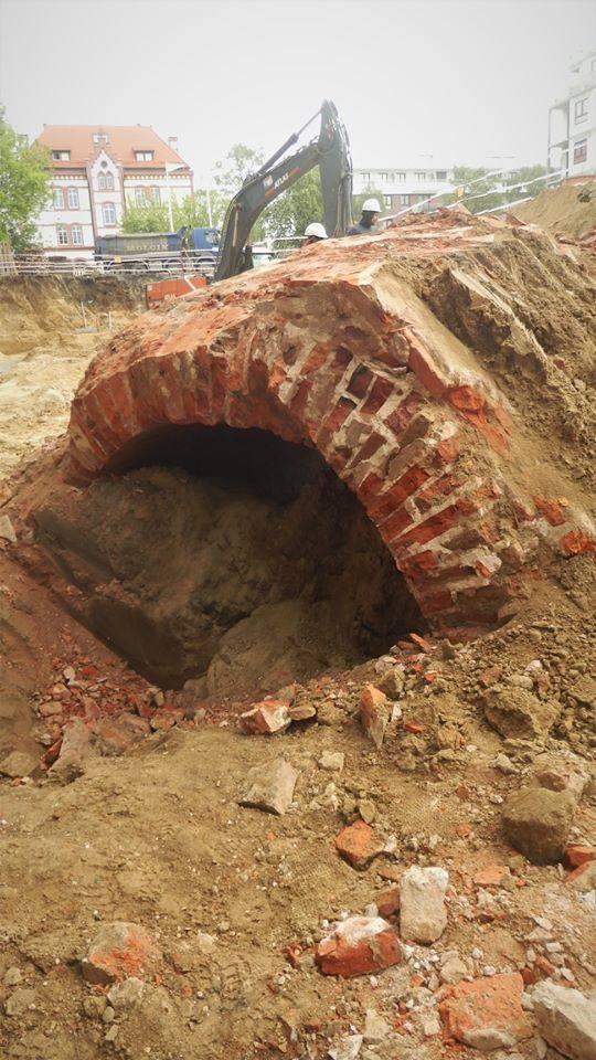 Szczecin. Odkrycie z militarnej przeszłości miasta. Tunel, który jest pozostałością dawnego Fortu Prusy [ZDJĘCIA]