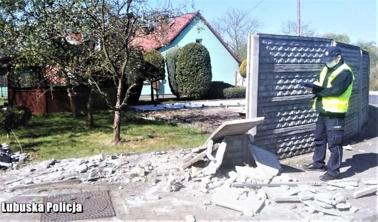 Policjanci z Gubina w niespełna pół godziny od zgłoszenia zatrzymali 29-latka, który rozbił swój samochód o betonowe ogrodzenie i uciekł. Jak się okazało,