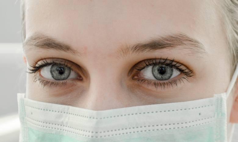 Pobyt w szpitalu ma służyć poprawie stanu zdrowia, ale nierzadko zdarza się, że dodatkowo je pogarsza. Jeśli dopadnie nas zakażenie szpitalne, leczenie