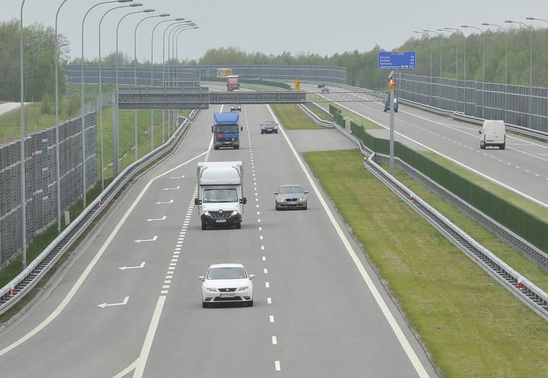 Autostrada A 4 – odcinek podkarpackiAutostradowa nitka na Podkarpaciu liczy ok. 160 km. Budowę odcinka zachodniego, w latach 2007-2013  (z węzła Krzyż