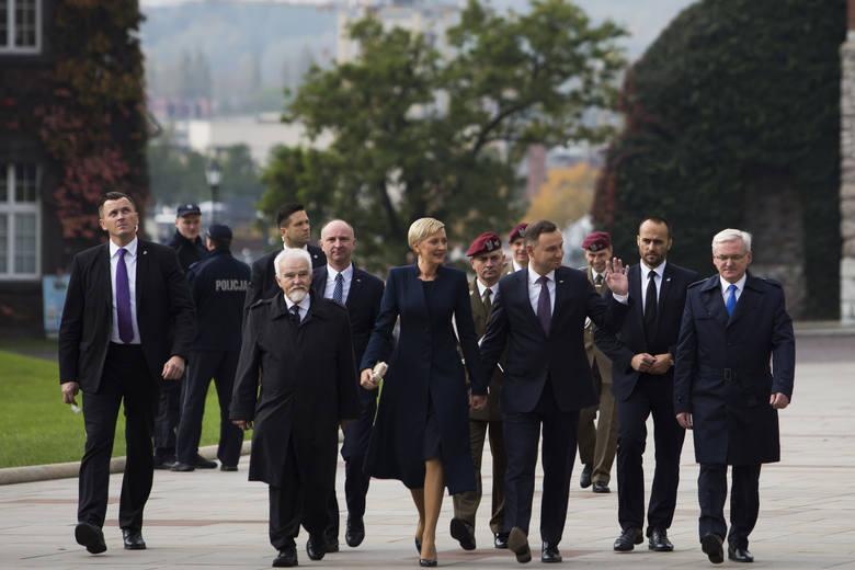 Prezydent Andrzej Duda wziął udział w mszy świętej na Wawelu