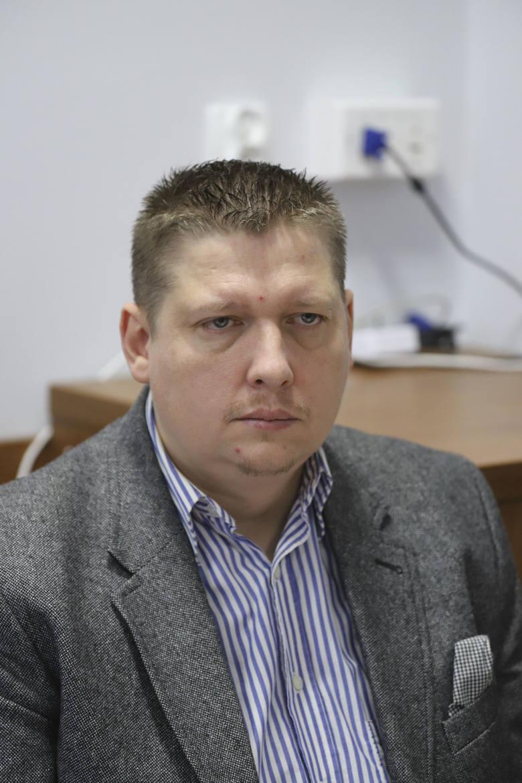 Paweł Dobiecki, bez głosowania