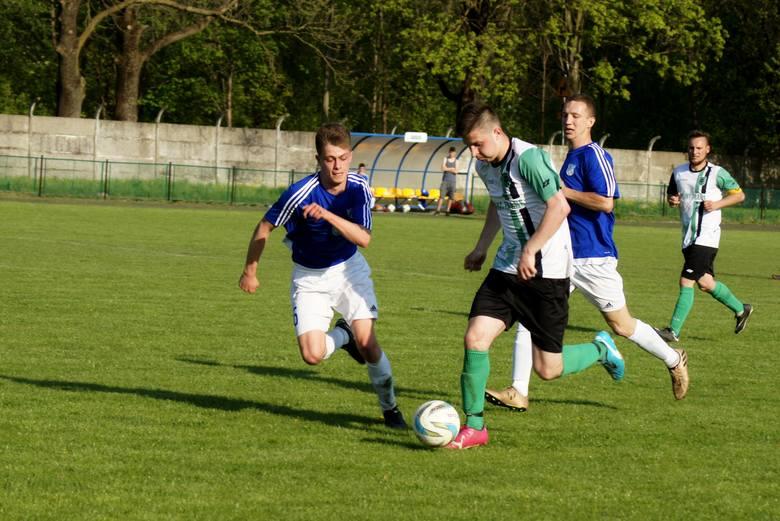 Bramki: Kacper Wiktorowicz (7) - Tomasz Krysiński (20), Tomasz Witkowski (67)W 22 kolejce rozgrywek o mistrzostwo KL. A w grupie 2 w Piechcinie na stadionie