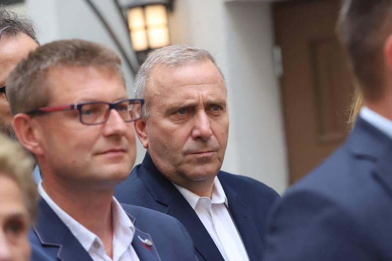 """Po poniedziałkowej prezentacji łódzkiej listy Koalicji Obywatelskiej najczęściej padające komentarze to te w stylu """"Nawet TVN nie wytrzymał i przerwał"""