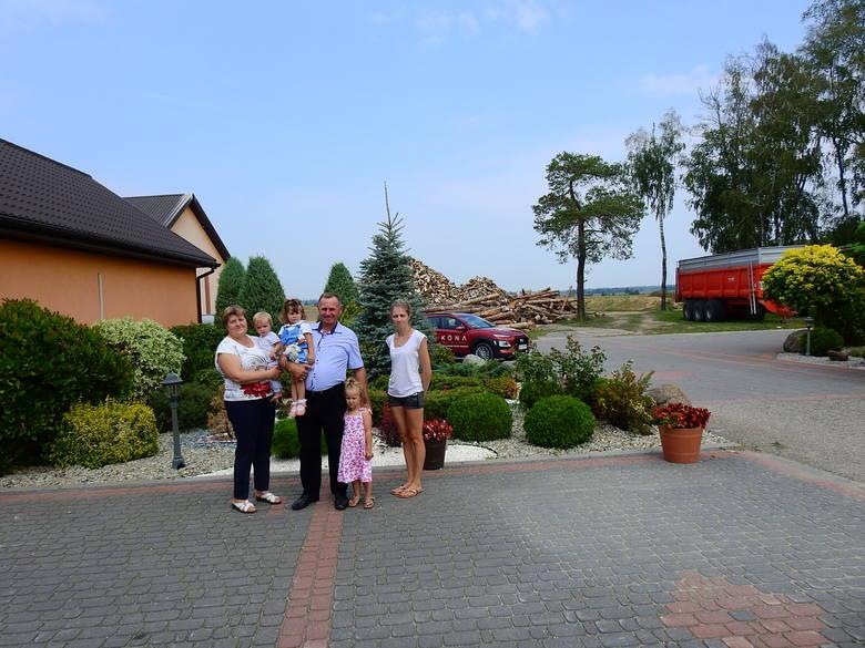 W gospodarstwie Krzysztofa i Gertrudy Szmurłów