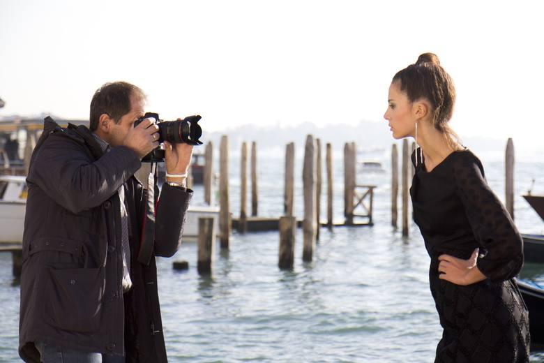 Doskonałym sposobem na spędzenie wspólnie czasu, stanowiącym jednocześnie prezent dla przyszłej panny młodej będzie profesjonalna sesja zdjęciowa. Ostatnio