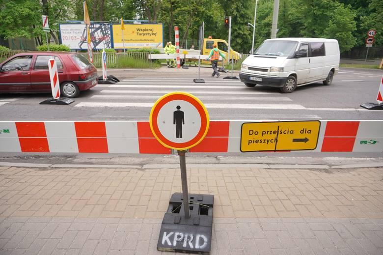 Zaczęły się prace drogowe przy przebudowie Al. Racławickich
