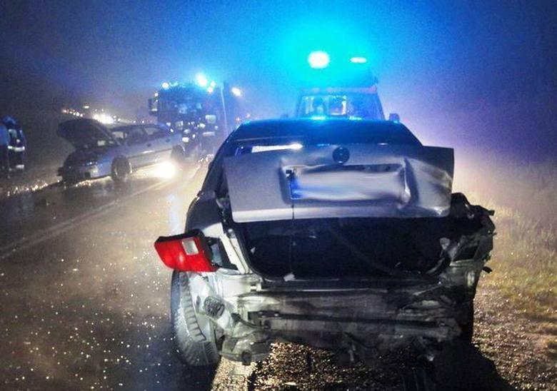 TĘGOBORZE Trzy auta rozbite. Dwie osoby w szpitalu [ZDJĘCIA]