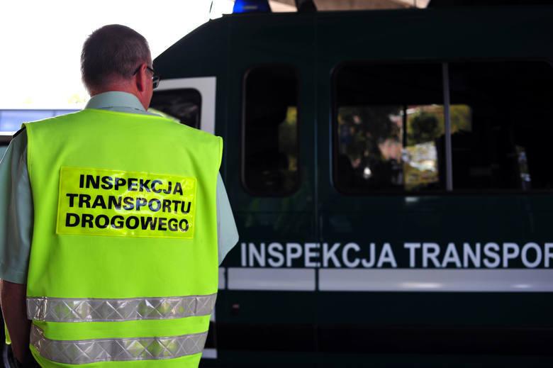 W powiecie skarżyskim nastolatek bez prawa jazdy prowadził ciężarówkę. Wpadł podczas kontroli Inspekcji Transportu Drogowego