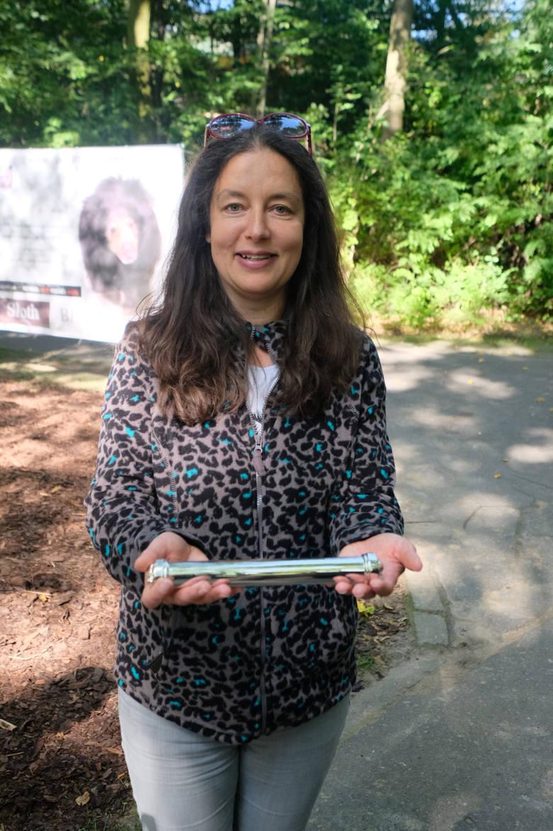 Od momentu objęcia funkcji dyrektora zoo przez Ewę Zgrabczyńską w 2016 i 2017 roku zwolniła ona dyscyplinarnie sześć osób