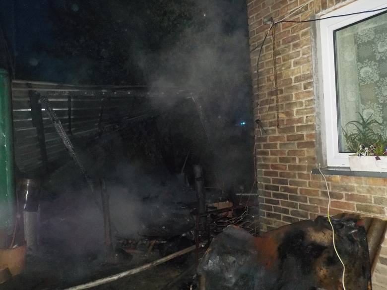 80-latek zginął w pożarze swojej przyczepy