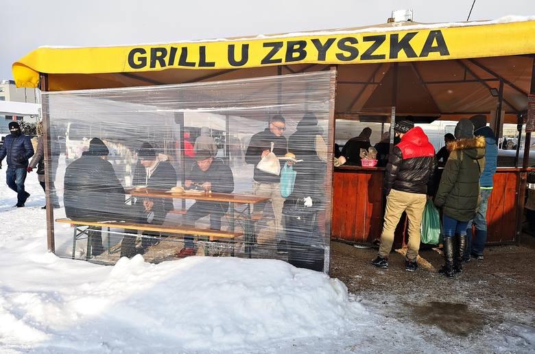 Giełda samochodowo-handlowa w krakowskich Rybitwach