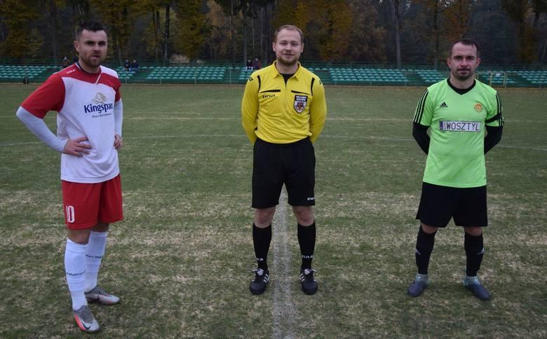 Piłka nożna. Powiślanka Lipsko pokonała Jodłę Jedlnia-Letnisko. Decydujący gol w doliczonym czasie gry. Zobacz zdjęcia!