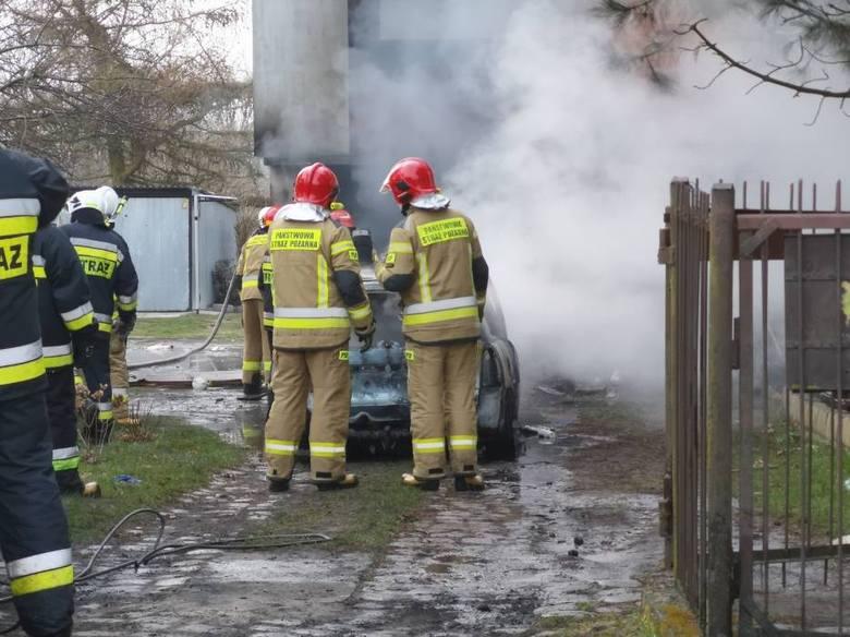Zbiórka dla poszkodowanych z Michala. Ogień zniszczył im garaż i samochód