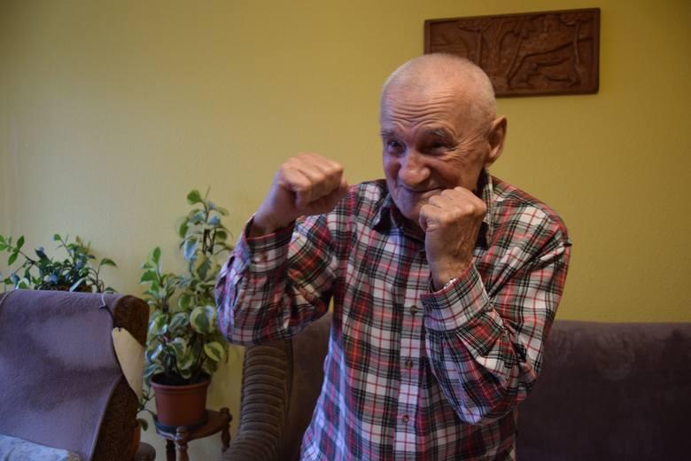 Eugeniusz Ast - był bokserem po II wojnie światowej przez kilkanaście lat. Sport uprawia do dzisiaj