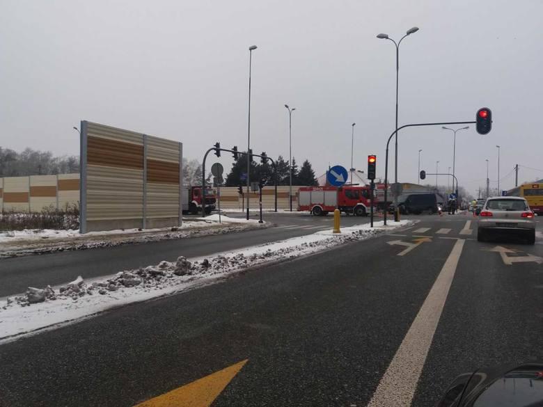 Wypadek na skrzyżowaniu Zakładowej i Józefiaka