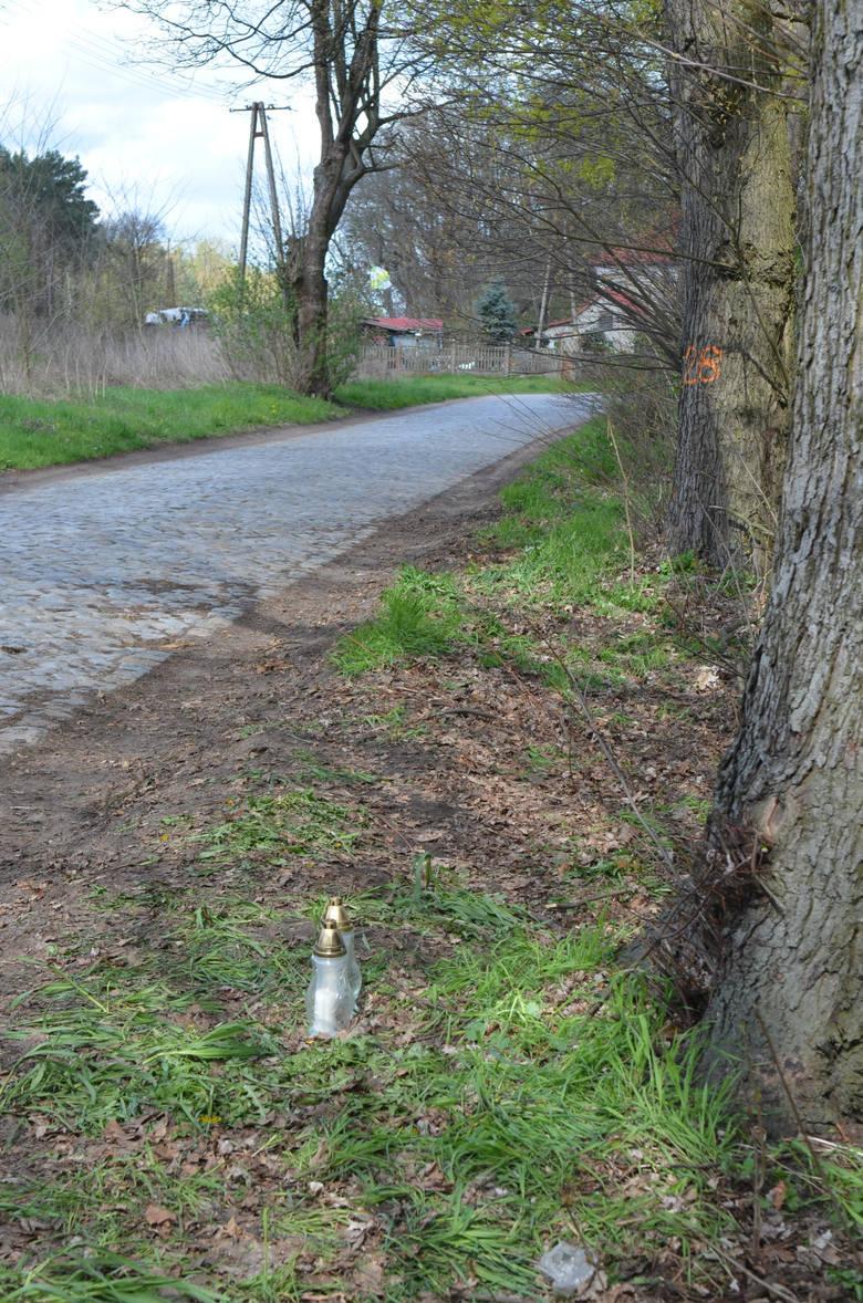 Do tragicznego wypadku doszło w nocy z niedzieli na w poniedziałek (17 na 18 kwietnia), koło Gądkowa Wielkiego w pow. sulęcińskim.Na drodze wojewódzkiej