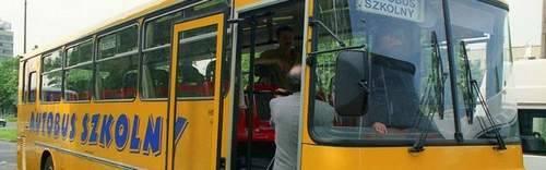 Obkas. Sześcioletnia dziewczynka zginęła pod kołami autobusu - Na ławie oskarżonych kierowca i opiekunka
