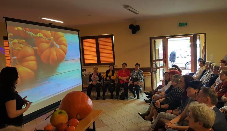 Forum była okazją do poznania się, nawiązania kontaktów, wymiany doświadczeń, opowiedzenia o swoich sukcesach i podzielenia siędoświadczeń.