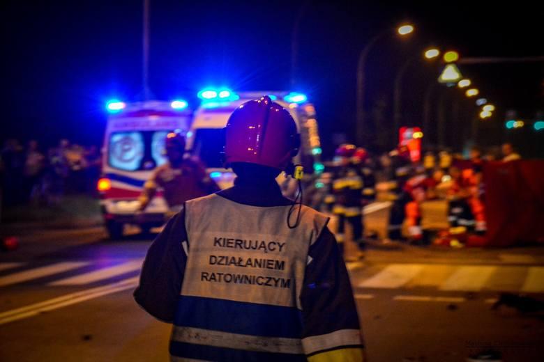 Tarnobrzeg. Tragedia na ulicy Sikorskiego - motocyklista potrącił pieszego, obaj nie żyją!