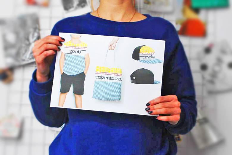 """Koszulka """"gzub"""", czapka """"mycka"""" i torba """"rajzentasza"""" z motywami spichrzy, barki i rzeki według projektu Anny Laskiej"""