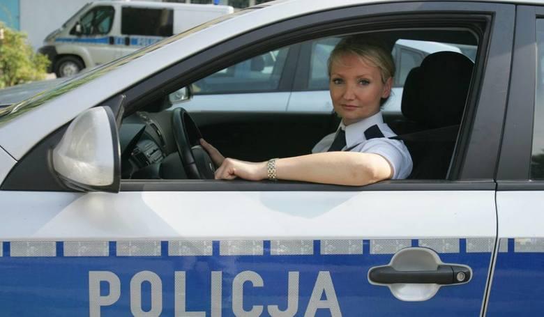 - Zgodnie z oczekiwaniami społecznymi najczęściej były to umundurowane patrole piesze - tłumaczy podinspektor Wioletta Dąbrowska, rzeczniczka Komendy