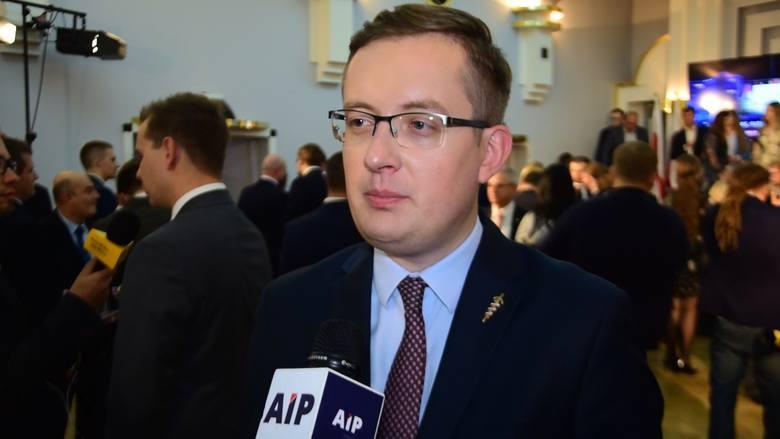 Wybory parlamentarne 2019. Konfederacja w Sejmie. Robert Winnicki: Wynik Konfederacji to sukces, ale poniżej oczekiwań