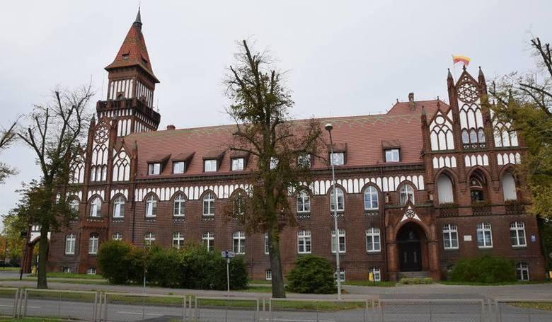 Potwierdziły się informacje dotyczące pracownika Urzędu Miasta Inowrocławia zakażonego koronawirusem