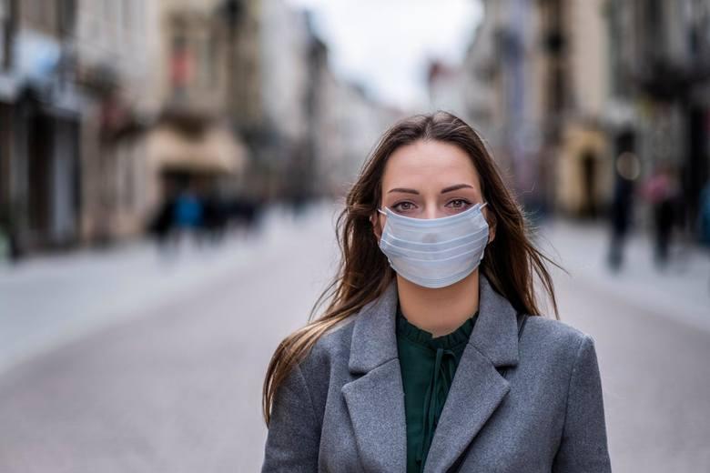 Zobacz, jak przygotować się na wypadek wystąpienia epidemii choroby w Polsce. Jakie produkty medyczne i spożywcze warto kupić i przechowywać w domu?