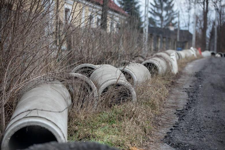 Kraków. Rozkopana ulica Myślenicka będzie jak nowa. Tylko kiedy? [ZDJĘCIA]