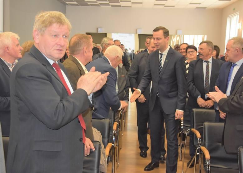 Prezes PSL  Władysław Kosiniak - Kamysz przyjechał wesprzeć  Anetę Jędrzejewską i  Agnieszkę Kłopotek, kandydatki PSL  do europarlamentu.  Był we Włocławku